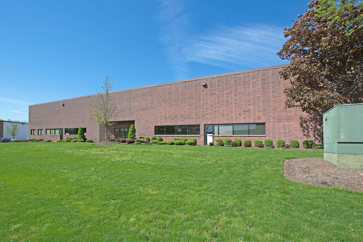 2 Frassetto Way, Lincoln Park 30,128 SF